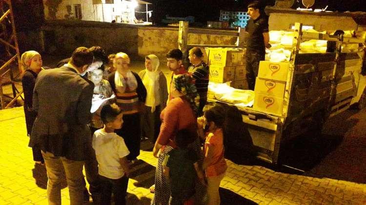 Çınar Belediyesi'nden Erzak Yardımı