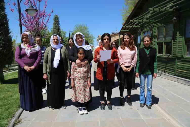 Çınarlı Kadınlar Çocuk İstismarını Kınadı