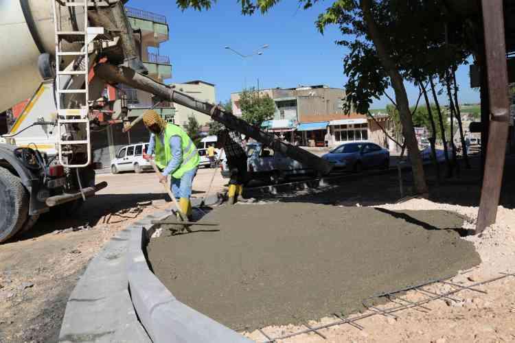 Çınar Belediyesi Eşbaşkanları Parke Taşı Çalışmalarını Denetledi