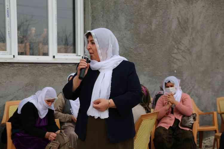 Kadınlar 8 Mart'ı Kutladı